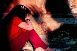 The victim is a classmate of the conspirator who wanted to use her rape as an alibi for not marrying her.
