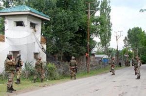 Security forces, militants exchange fire in Kashmir's  Bandipora