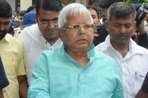Lalu prepares for life after Nitish, plans alternate pact with Maya...