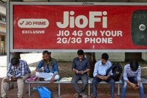 Ratings agencies divided on impact of JioPhones