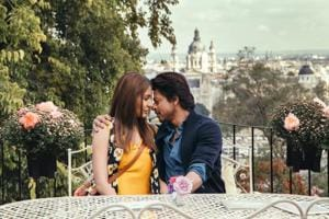 In pics: Shah Rukh Khan and Anushka Sharma new song from Jab Harry Met...