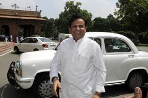 Ahmed Patel files RS poll nomination, says has Vaghela's support too