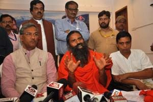 Ramdev assures Rs 1,000 cr business to U'khand govt
