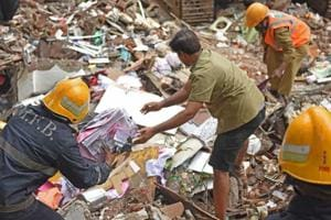 Mumbai building collapse: Police to protect jewellery, utensils found...