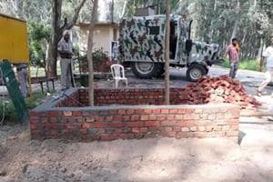 The 'permanent morchas' are being built to ensure that the Punjab police personnel stay alert regarding any movement near border villages or roads leading to the fence.