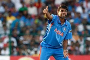 Munaf Patel summoned by Delhi court after cricketer's cheque bounces