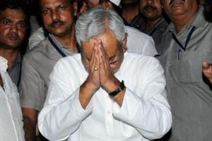 Nitish Asanas to Sultan of Swing: Tweets that beat Bihar CM at his own...