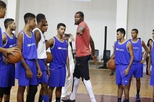 Kevin Durant warns tango with Stephen Curry just warming up