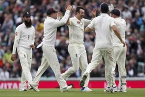 Toby Roland-Jones, Ben Stokes give England edge vs South Africa on Day...