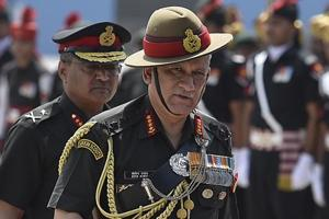 Amid rising Indo-Pak hostilities, army chief visits forward areas in...
