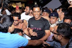 Mahendra Singh Dhoni entangled in another legal war - this is why...