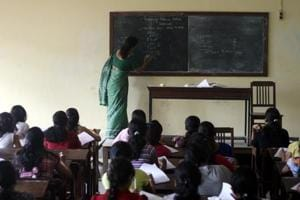 Experts divided over ban on integrated coaching in Maharashtra