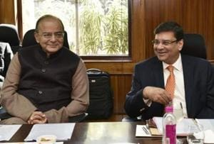 RBI chief calls on Jaitley before policy review