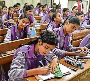 "New Delhi, India - Aug. 29, 2016: Students study in 'model classes' at Zeenat Mahal Govt.Sarvodaya Girls Sr. School at Jafrabad, in New Delhi, India, on Monday, August 29, 2016. (Photo by Raj K Raj/ Hindustan Times) **To go with Heena ""s school story**"