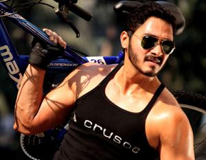 Shreyas Talpade will don the hat of a director in Poster Boys