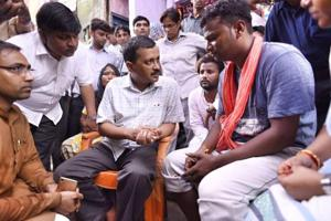 Chief minister Arvind Kejriwal visited the families of the victims along with water minister Rajendra Gautam.
