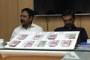 A 24-year-old man was arrested by Unit 3 of Pune police crime branch senior police inspector, Sitaram More and his team from Swargate area for stealing wallets from people and disposing it.