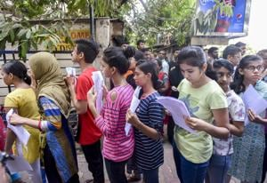 Law ministry clears Tamil Nadu ordinance on NEET