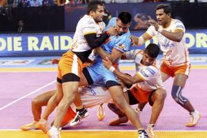 Puneri Paltan beat Bengal Warriors in Pro Kabaddi League