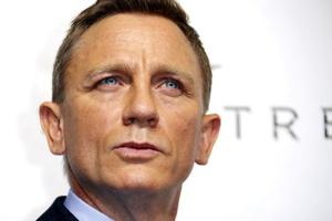 Daniel Craig confirms James Bond return, and Twitter has mixed...