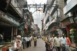 The government had decided to shift all overhead electric wires and transformers in Chandni Chowk underground as part of the Shahjahanabad Redevelopment Corporation (SRDC).