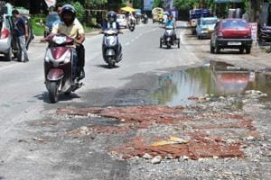 Pothole politics plays out in Dehradun