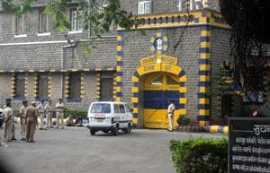 Convicts working in prisons across Maharashtra to be paid more
