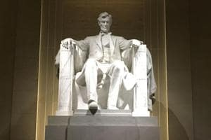 Lincoln Memorial in Washington defaced with expletive graffiti