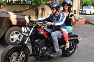A Gentleman: Sidharth Malhotra, Jacqueline Fernandez take a bike ride...