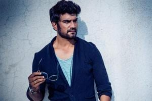 Bhoomi villain Sharad Kelkar: Didn't how to react when I first met...