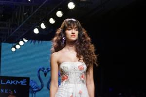 Disha Patani struts down the runway for Ritu Kumar in a pretty floral...