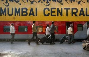 9 Western Railway stations in Mumbai to get gardens near platforms