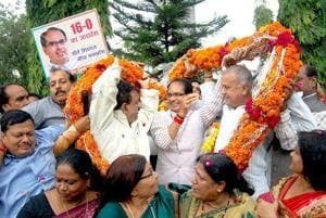 Both BJP and Cong celebrate MP civic body poll results, but where's...