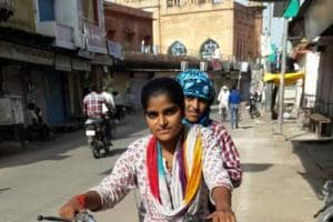 Help pours in for Bharatpur girl who took up milk supply to fund...