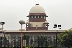 Supreme Court seeks Centre's reply on compensating 10-yr-old rape...
