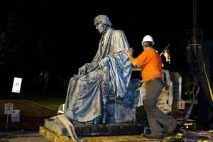 Americans take a hard look at confederate era memorials
