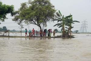 Bihar floods: Toll mounts to 153, over 1 crore people affected