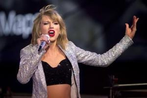 Taylor Swift removes all posts from social media, sends fans into a...