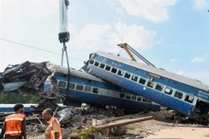 Utkal Express derailment: Govt acts against senior railway officials,...