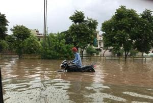 The Sohana gurdwara crossing in Mohali turned into a giant pool.