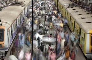 Pervert who flashed women in Mumbai train, threatened to rape one of...