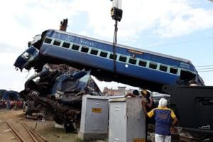 Rly officials suspended over Utkal Express derailment, Delhi airport's...