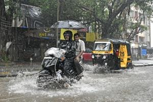 Mumbai's Monday blues: Rain can wreck your commute