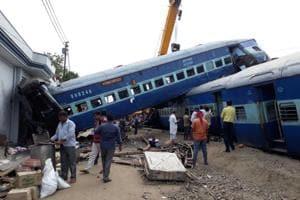 Railway coaches of the Puri-Haridwar Utkal Express, which were derailed in Khatauli near Muzaffarnagar on Saturday evening. (Chahatram / HT Photo)