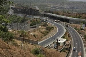 No toll on Mumbai-Pune expressway for those heading to Konkan for...
