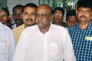 HC dismisses justice Karnan's plea challenging contempt of court