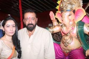 Ganesh Chaturthi 2017: Sanjay Dutt, wife Maanyata pray for Bhoomi's...