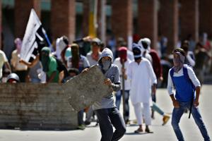 Protests in Kashmir's Handwara after authorities confirm civilian's...