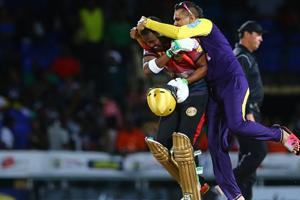 Darren Bravo runs riot in CPL T20, hits six sixes in 10 balls for...