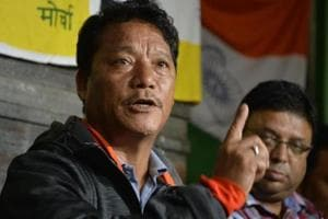 Gorkha Janmukti Morcha president Bimal Gurung wants to hold talks with the government but only on the Gorkhaland issue.